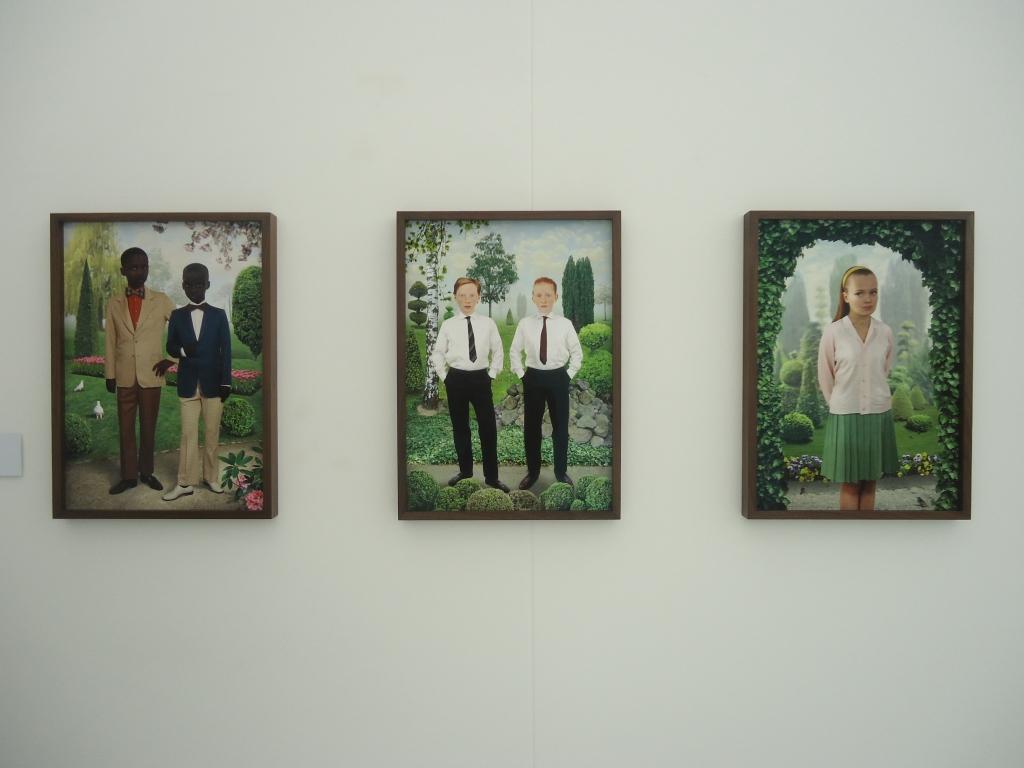 Ruud van Empel, Sunday #2 (links), Sunday #8 (midden), Sunday #1 (rechts), allen 2012.